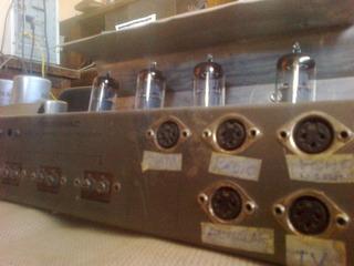 Amplificador Valvular Integrado Modelo Audinac 4210