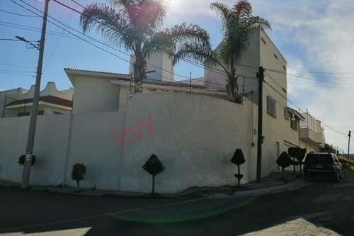 Casa En La Colonia Santa Cruz Buenavista, Puebla