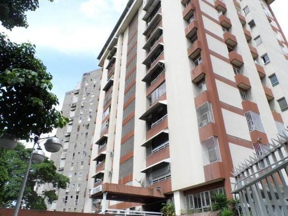 Apartamento En Venta En Tzas Club Del Hipico Mls 19-19380 Ns