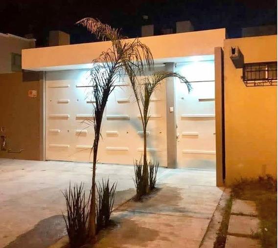 Casa Amplia En Paseos De La Plata, Pachuca Hgo.