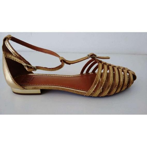 Sandalia Rasteira Parô 73701 - Dourado - Delabela Calçados