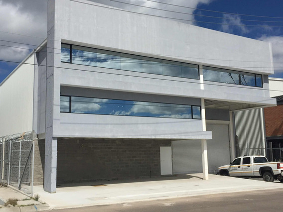 Excelente Bodega Con Oficinas 800mts Irapuato
