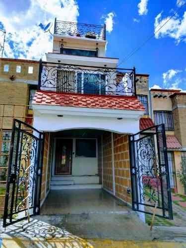 Hermosa Casa En Venta En Cántaros Iii. !la Mejor Oportunidad, Para Iniciar Tu Vida En Familia!