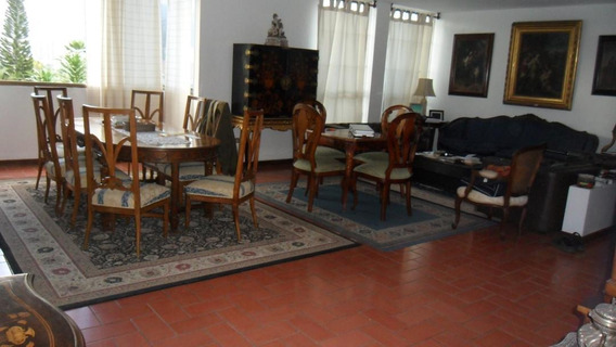 Se Vende Casa 450m2 5h+s/5b+s/8p Col De Los Ruices