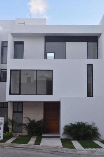 Aqua By Cumbres. Bonita Casa Para Estrenar En Venta De 3 Recámaras Con Alberca. Smz 309 Cancún Quintana Roo