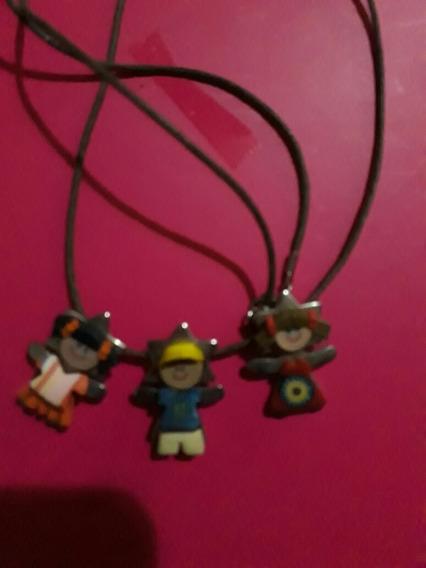 Lindo Collar Con 3 Dijes De Estrella Niñas 2 Niñas Y Un Niño