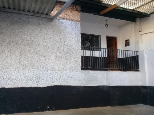 Imagem 1 de 24 de Casa Com 2 Dormitórios, 2 Salões Nos Fundos Para Alugar, 140 M² Por R$ 3.000/mês - Jardim Taboão - São Paulo/sp. Confira! - Ca0308