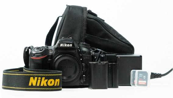 Nikon 7200 Com 32k Cliques +2 Baterias +2 Cartões