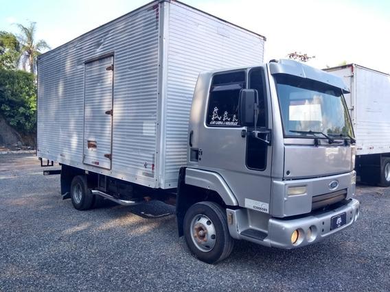 Ford Cargo 712 4x2 Baú 5,50m Livre Fs Caminhoes