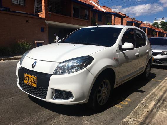 Renault Sandero Dynamique 1.6 8v Mt