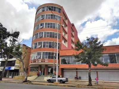 Alquiler De Oficina En El M.p. Bicentenraio.