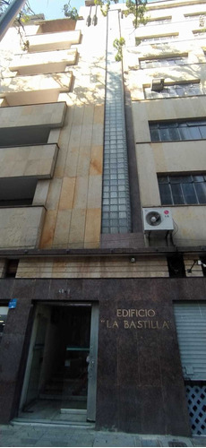 Imagen 1 de 6 de Oficina En Arriendo En Medellin Centro