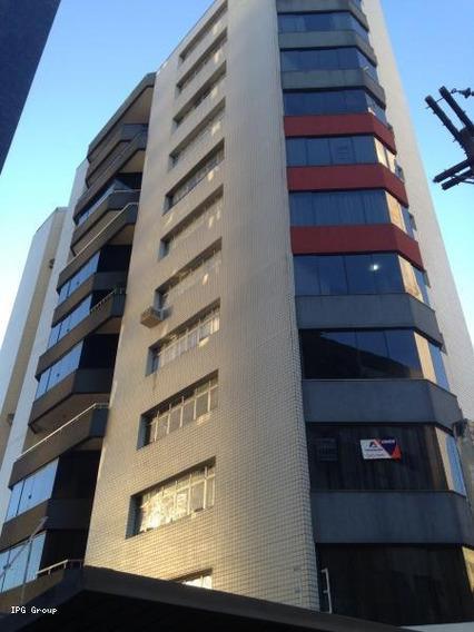 Apartamento Para Venda Em Ponta Grossa, Centro, 3 Dormitórios, 2 Suítes, 5 Banheiros, 2 Vagas - Wg0002