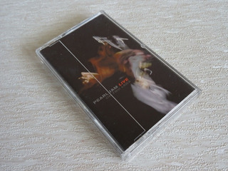 Pearl Jam - Live On Two Legs Tape Usa Cassette 90