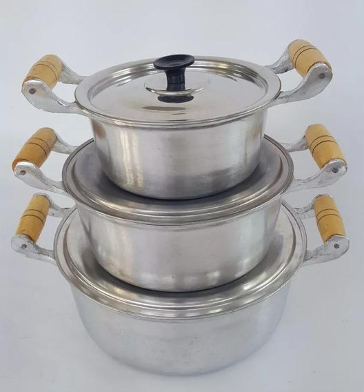 3 Caçarola (26, 28, 30) Alumínio Batido Cabo Madeira Verniz