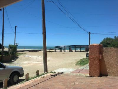 Calle 301 Casi Playa - Barrio Norte Villa Gesell