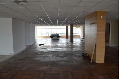 Sala Comercial - 197,5 M², Andar Alto - Magalhães Neto - Sa0047