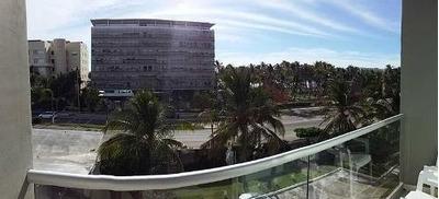 Cad Aura A 105, Vista Parcial Al Mar, Club De Playa, Terraza