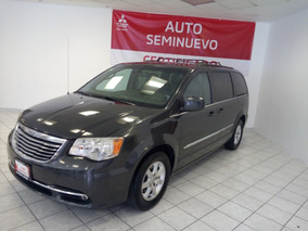 Chrysler Town And Country Touring 2012