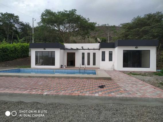 Quinta De Venta En Yunguilla - Sector Sol Y Agua. Muy Barata