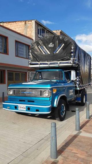 Dodge Brasilera 300, Modelo 74 Camión, Estacas, Carro