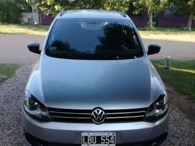 Vendo Volkswagen Suran Gris Modelo 2012