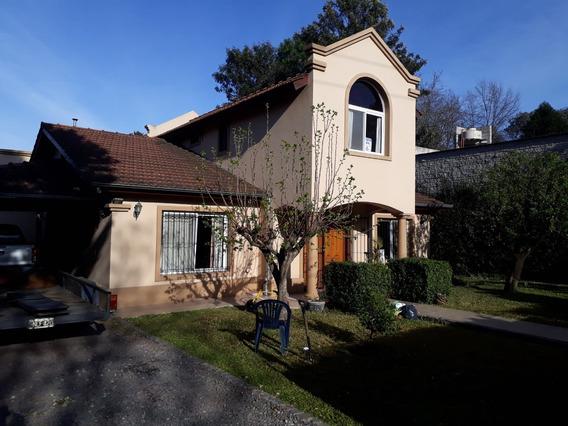 Casa Barrio Los Mirasoles Km51 Pilar. Baja Expensas, Seguro
