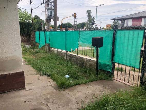Alquiler Casa 2 Dorm. Los Hornos, La Plata. Calle 149 Y 60