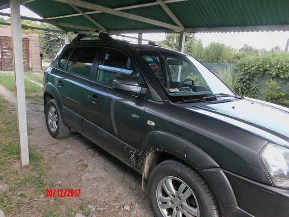 Vendo Hyundai Tucson 2.7 N V6 4x4 At 6abg