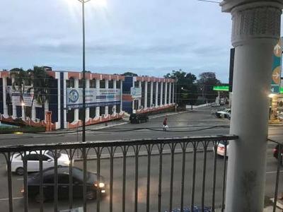 Local Comercial En Av Hidalgo