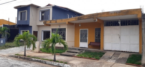 Venta Amplia Casa Alto Barinas Norte Código: 416047