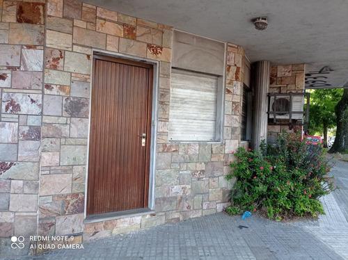 Casa + Apto Ó Consultorio, Con Entradas Independientes