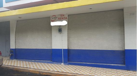 Local Comercial Cerca A La Avenida De Los Maestros