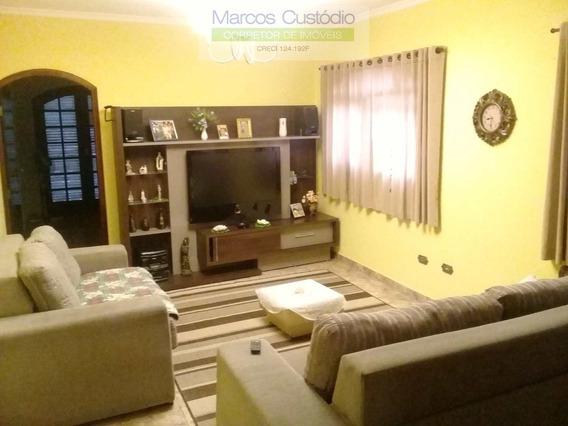Sobrado - 1 Casa, 1 Edíc, Salão - Baeta - R$789 Mil, Ref 895 - V895