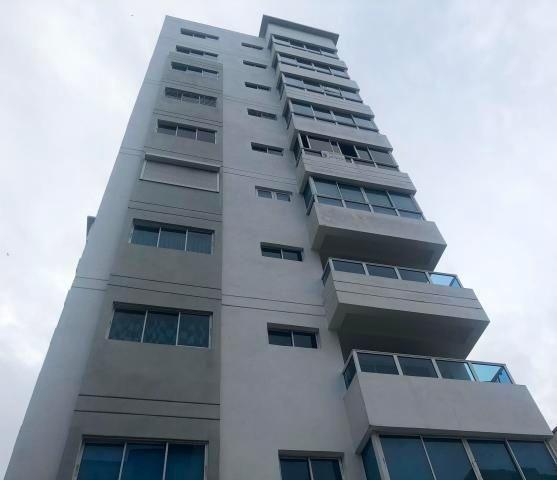 Amplio Apartamento En Venta Amoblado 2hab 127mts