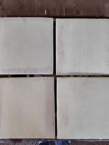Imagen 1 de 3 de Loseta Baldosa Barro Naturl 30*30cm Saltillo Tile Ppbk-arena