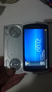 Xperia Play Kit Com 2 Und.