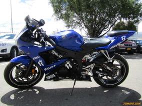 Yamaha R6 S