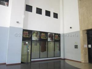 Oficina En Alquiler En Sabana Grande 21-11629 04142718174