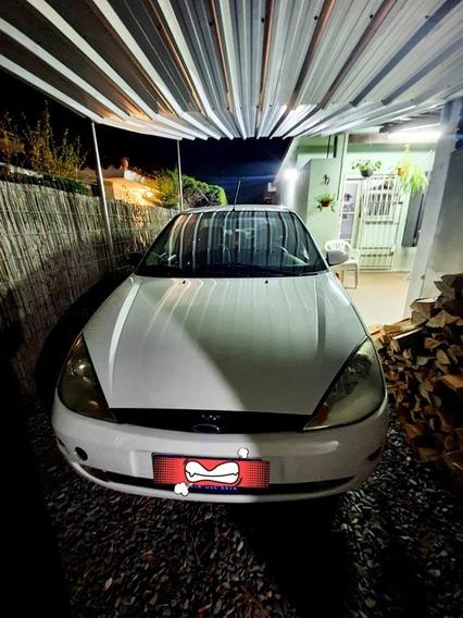 Ford Focus 1.8 Tdi Ghia 2001