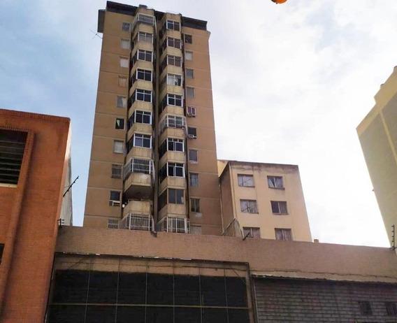 Apartamento En Venta La Candelaria Mls #20-1133 Magaly Pérez