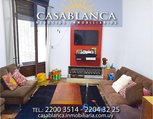 Casablanca - Ph En Planta Baja, Casa Esquina.