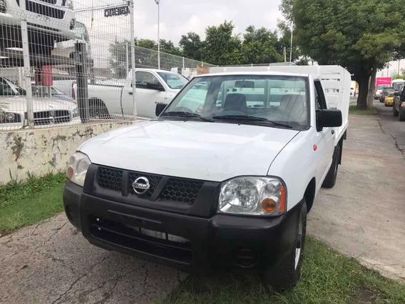 Nissan Np300 2.4 Lts. A/a D/h St
