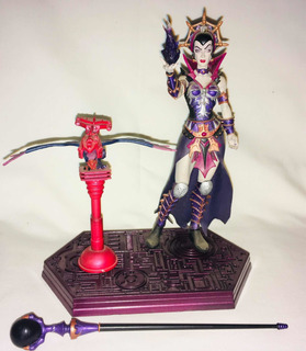 Evillyn Evil Lyn Neca 200x 2002 Motu Heman Skeletor