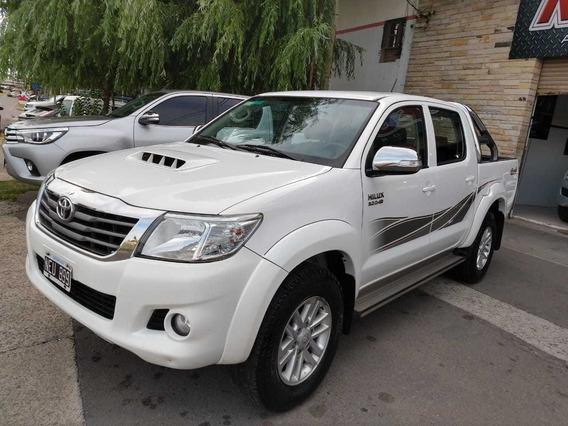 Toyota Hilux 3.0 Cd Srv Cuero I 171cv 4x4 5at 2013