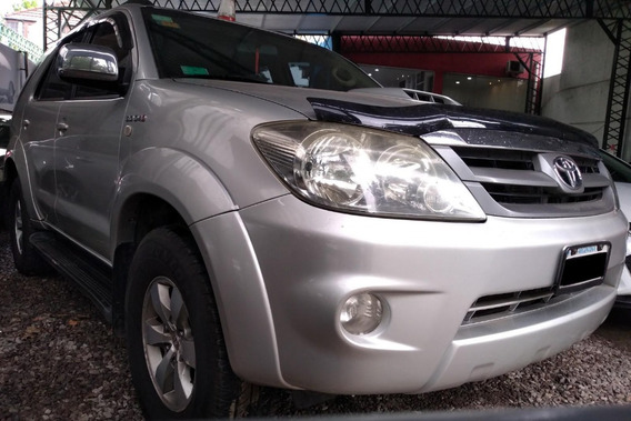 Toyota Hilux Sw4 Td Srv Cuero 2007 - Juan Manuel Autos