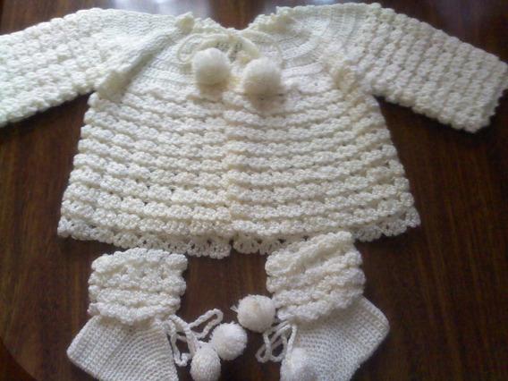 Casaquinho De Lã Com Meia E Luva