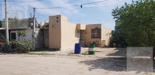 Se Vende Casa En Fraccionamiento Valle Dorado En Ébano, San Luis Potosó