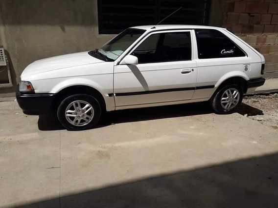 Mazda 323 Carburador