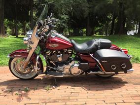 Harley Dadvidson Road King